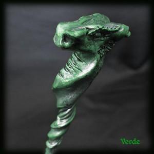 testa drago verde